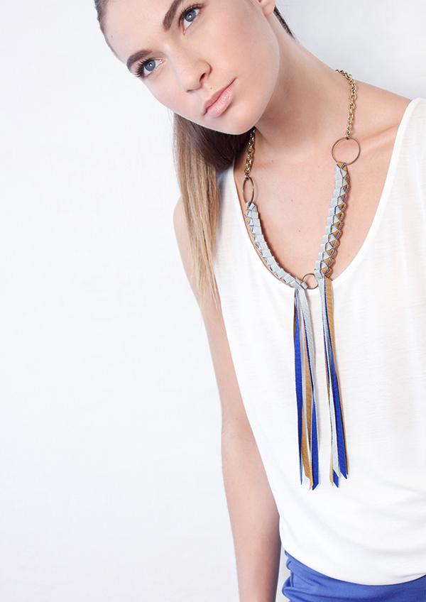 plastron-fringes-grosgrain-braided-necklace